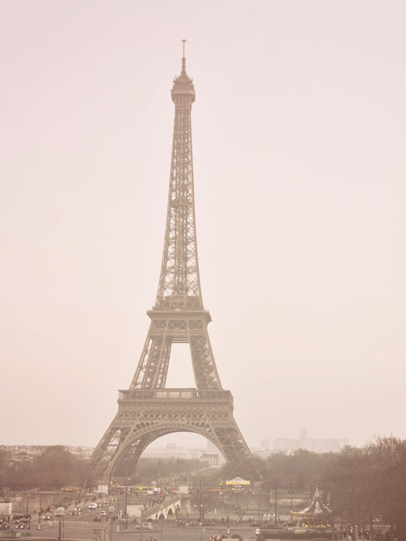 places to visit in paris in 2 days eiffel tower