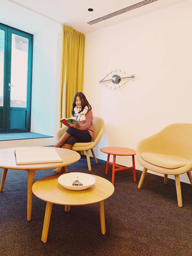 Where to stay in Lisbon - Gat Rooms Rossio - lobby area